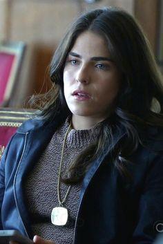 Laurel Castillo wearing  Theory Deelray Pullover