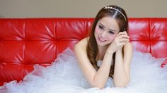 A 27 year old woman from the UK has already bought her wedding dress, shoes and bag for her wedding day and costed out the rest of the costs for her big day and all before she has even found her groom.  http://weddingsupersource.com/bride-with-20000-budget-for-wedding-but-without-groo/  #Bride #With£20,000 #Budget #ForWedding #ButWithout #Groom