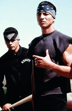Paco and Chuy (Blood In Blood Out) Yes, that is Benjamin Bratt.so hot Arte Cholo, Cholo Art, Chicano Love, Chicano Art, Chicano Studies, Cholo Costume, Estilo Chola, Sacramento, Santa Monica