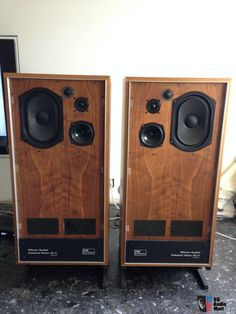 Looks A Lot Like The Classic Bailey Speaker
