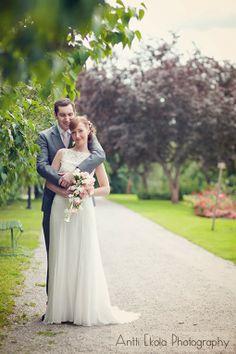 Maria ja Edward - Finlaysonin Palatsi Tampere - Koko päivän dokumentaarinen hääkuvaus - Valokuvaaja Antti Ekola / wedding portrait Finland