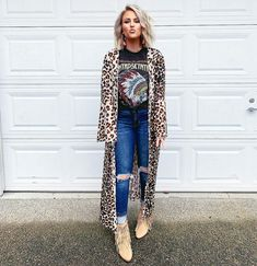 Swans Style is the top online fashion store for women. Shop sexy club dresses, jeans, shoes, bodysuits, skirts and more. Country Style Outfits, Western Outfits, Western Wear, Western Boots, Western Chic, Fall Winter Outfits, Autumn Winter Fashion, Look Fashion, Fashion Outfits