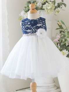 New Flower Girl Lace Dress Wedding Pageant Patchwork Christmas Costume Princess Girls Sleeveless Lace Christening Gown Dresses Lace Dress Styles, Girls Lace Dress, Lace Flower Girls, Baby Flower, Dress Girl, Baby Pageant Dresses, Ball Gown Dresses, Tulle Dress, Baby Dresses