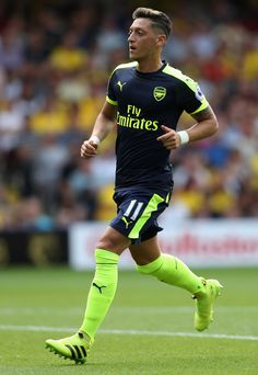 Mesut Özil (Arsenal) adidas ACE 16+ Purecontrol