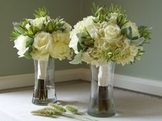 wedding bouquet ideas. I like hydrangeas, roses, lilly of the valleys with a little liliacs. Now to find a picture of that.