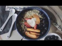 Готовим завтрак с вечера: холодная овсянка с фруктами и ягодами. Видеорецепт. – Зожник