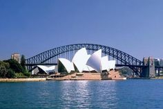 Tours, Sightseeing and Things to do Around the World Travel With Kids, Family Travel, Harbor City, Travel Stroller, Bondi Beach, Free Things To Do, Sydney Harbour Bridge, Where To Go, Travel Inspiration