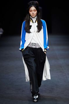 Pushbutton Seoul Fall 2015 Collection Photos - Vogue