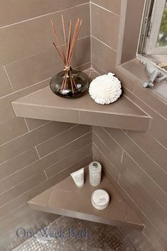 Insane STORAGE TIP: Corner shelving in your shower can be useful for placing shampoos, soaps, scrubs, and even diffusers. When installed at the right height, built-in shower shelving can provid . Shower Shelves, Bathroom Shelves, Bathroom Storage, Bathroom Mirrors, Bathroom Cabinets, Bathroom Ideas, Bathroom Faucets, Bathroom Showers, In Shower Storage