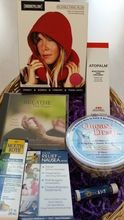 Our Ultimate Chemotherapy Gift Collection Enhances Comfort During Chemotherapy Infusions     Our Ultimate Chemotherapy Gift will soothe and reduce many common chemotherapy side effects. This gift includes 7 items: Chemo Comfort Hoodie Pillow, Queasy Drops, Mouth Moisturizer, Biobands for nausea, Breath With Purpose CD, Lip Balm, Moisturizing Hand Cream. http://www.lotstolivefor.com/ultimate-chemotherapy-gift/