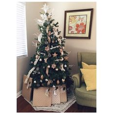 Swanky Christmas Tree Decorated With DIY Ornaments
