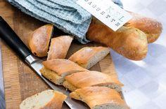 Brot schmeckt am besten, wenn es hausgemacht ist. Und mit gesundem Dinkelmehl gemacht geniesst man es gleich noch lieber.