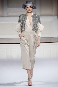 Oscar de la Renta Spring 2010 Ready-to-Wear Fashion Show - Lily Donaldson