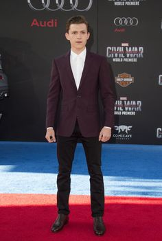 """Actor Tom Holland attends the Disney Premiere of """"Captain America: Civil War """" at El Capitan Theater, in Hollywood, California, on April 12, 2016. / AFP / VALERIE MACON        (Photo credit should read VALERIE MACON/AFP/Getty Images)"""