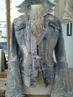 recycled denim jackets and coats-ის სურათის შედეგი Altering Jeans, Altering Clothes, Recycled Fashion, Recycled Denim, Steampunk Vetements, Steampunk Jacket, Denim Fashion, Boho Fashion, Jeans Recycling