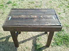 Reclaim pallet into table with drawer.