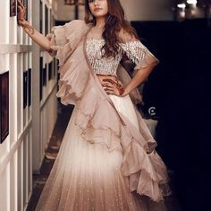 Dresses - Raising the oomph factor 😍 dressing up in style! bridaldiariesbyrimirawat schönsalon 📷 111 For bookings & inquiries call… Indian Gowns Dresses, Indian Fashion Dresses, Indian Designer Outfits, Net Dresses, Indian Fashion Trends, Dress Fashion, Dresses Online, Bridal Dresses, Lehnga Dress