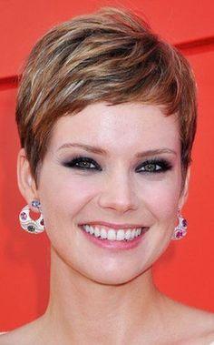 short-hairstyles-for-women-new-look-13.jpg 346×557 pixels