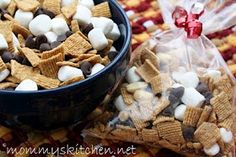 Mommy's Kitchen: S'mores Trail Mix {A Great Afterschool Snack or Lunch Box Treat}