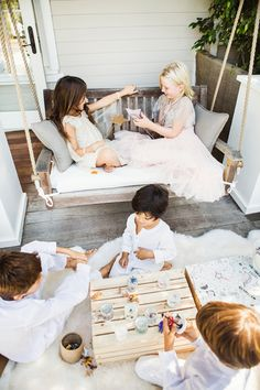 Snowglobes that the kids can make!   100 layer cakelet // Pinned by Dauphine Magazine, curated by Castlefield (wedding and event invitations, bridal branding, brand identity design, and surface pattern design: www.castlefield.co). International Couture Fashion/Luxury Wedding Crossover Magazine - Issue 2 now on newsstands! www.dauphinemagazine.com. Instagram: @ dauphinemagazine / @ castlefieldco. Dauphine and Castlefield only claim credit for own images.