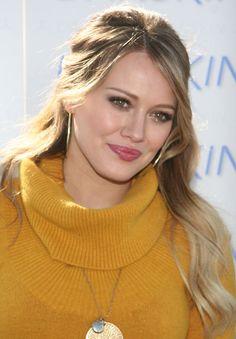 Hilary Duff ♦by Alwaraky♦ Beauty Book, Beauty Full Girl, Hilary Duff Style, Hilary Duff Makeup, Actrices Sexy, Mary Elizabeth Winstead, Celebrity Beauty, Celebrity Style, Curvy Women Fashion