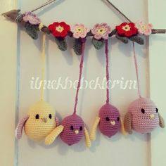 Yeni işler güzel işler 😍 #birds  #amigurumi #amigurumibirds #örgüoyuncak #örgükuş #amigurimidoll #crochetdoll #doll #kids #evhediyesi #flower #crochetflower #renk #ilmekbebeklerim @gurumigram @10marifet
