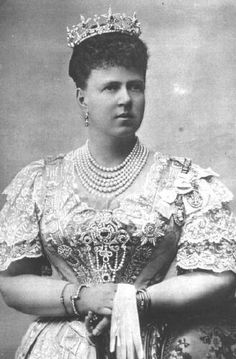 The ruby star tiara worn by Marie,Duchess of Edinburgh, nee Grand Duchess of Russia. Designed as a series of approx seven, five-pointed, diamond stars with central rubies, with smaller diamond spacers, rising from a diamond band.