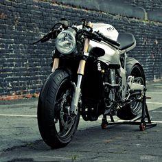 Ninja 750 by Huge Design http://www.bikeexif.com/ninja-750#more-17406