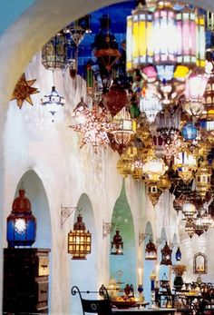 Simple, yet very pretty, grouping of Moroccan lanterns in a souk. #Souk #Moroccan #Lanterns. www.mycraftwork.com/