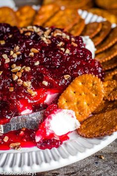 Cranberry Cream Cheese Dip with Bitter Orange {Easy Appetizer Recipe} Easy Appetizer Recipes, Easy Cake Recipes, Best Dessert Recipes, Delicious Desserts, Appetizers, Holiday Recipes, Sugar Cookie Recipe Easy, Easy Sugar Cookies, Oatmeal Cookie Recipes