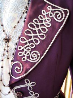 1904 collar detail silver soutache braid Alexander Mcqueen Scarf, Braids, Detail, Silver, Accessories, Fashion, Bang Braids, Moda, Cornrows