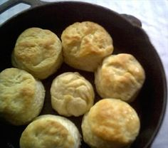 Cracker Barrel Old Country Store Biscuits Recipe biscuit recipe;canned biscuit recipes; Biscuit Recipe No Milk, 3 Ingredient Biscuit Recipe, Hardees Biscuit Recipe, Homemade Biscuits Recipe, Bisquick Recipes, Philsbury Biscuit Recipes, Quick Biscuits, Breakfast Recipes, Recipes Dinner