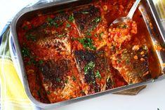 Plachie de pește – crap – rețetă video Tasty, Yummy Food, Crap, Fish Recipes, Diet Menu, Meatloaf, Beef, Cooking, Calamari