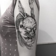 "Tatuagem da Vitória inspirada no Filme ""Donnie Darko"", muito obrigada moça!  Feito na @inkonik_tattoo_studio  #blackworkerssubmission #darkartists #btattooing #blxckink #tattuagensfemininas  #tattooistartmagazine #blacktattoomag #radtattoos #tattoo2me #onlyblacktattoos #tatuagem #sketch_daily #equilattera #inkedmag #tattrx #inkstinctsubmission #ttblackink  #tattoodo  #thebesttattooartists #tattooedbodyart #art #art_collective #art_spotlight #art_motive #theartistthemotive #iblackwork…"