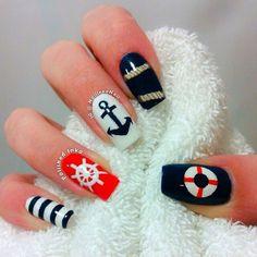 Nautical blue red and white nailart #nailart #nails #summer #nautical #blue #white