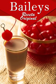 Fruit Drinks, Yummy Drinks, Alcoholic Drinks, Beverages, Licor Baileys, Baileys Recipes, Caffeine Free Tea, Chocolates, Tasty Videos