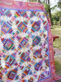 Nana Girl Quilts: Weekend work on UFO's Pineapple Quilt Pattern, Pineapple Quilt Block, Bonnie Hunter, Quilting Projects, Quilting Designs, Quilting Ideas, Quilting Tutorials, Log Cabin Quilts, Log Cabins