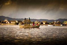 Islas flotantes del lago Titicaca (Perú)
