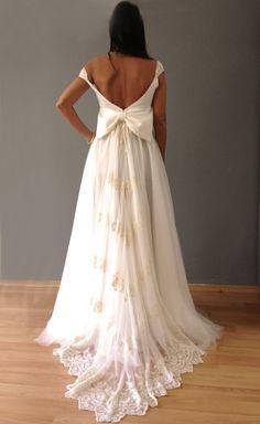 oh gorgeous!!! madame shou shou wedding dress: https://www.facebook.com/photo.php?fbid=642577672470718&set=a.222226237839199.55499.215264941868662&type=1&theater