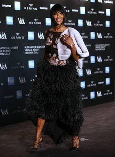 "Naomi Campbell na abertura da exposição ""Alexander McQueen Savage Beauty"" Foto: Joel Ryan / Joel Ryan/Invision/AP"