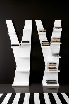 Compar High Gloss One Bookshelf in White, close-up