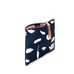 Network Pouch   M