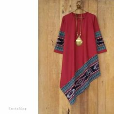 My red shirt and scarf Batik Fashion, Hijab Fashion, Boho Fashion, Fashion Dresses, Womens Fashion, African Attire, African Wear, African Fashion, Blouse Batik