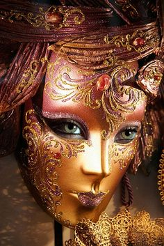 Venetian Mask - intriguing to have the eyes here! [DF]