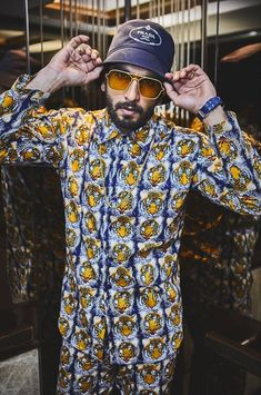 Ranveer Singh  #FASHION #STYLE #SEXY #BOLLYWOOD #INDIA #RanveerSingh Kapil Dev, Ranveer Singh, Bollywood, Men Casual, Hipster, India, Actors, Celebrities, Sexy