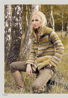 Lana Grossa FILATI No. 50 (Herbst/Winter 2015/16) August 2015 Modediktate adieu! Es lebe der Individualismus! Statt eines einzelnen großen Trends, gibt es so viele mögliche Styles wobei die wichtigste Aussage ist, eigene Ideen umzusetzen. Die neue Mode entsteht nicht mehr nur auf den Laufstegen, sondern auf den Straßen der ganzen Welt. Zeitlos schöne Mode ohne Verfallsdatum, das schafft Stricken und Häkeln, mit exquisiter Wolle und hochwertigen Garnen von FILATI LANA GROSSA, die mit…