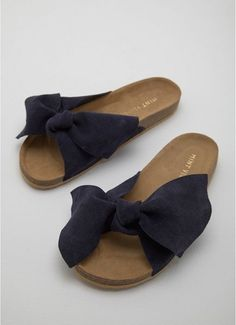 This is dummy text for sharing Product: Macy Navy Knot Slider with link: https://www.houseoffraser.co.uk/shoes-and-boots/mint-velvet-macy-navy-knot-slider/d894634.pd#292481781 and I_5052188699731_50_20180222.?utmsource=pinterest