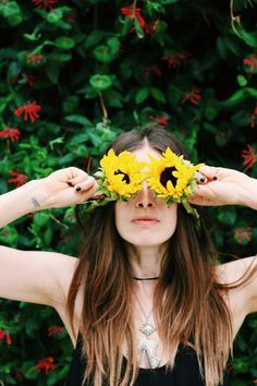 I see in flowers <3