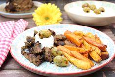 Low Carb Gyros vom Spieß mit Gemüse-Pommes und Tzatziki