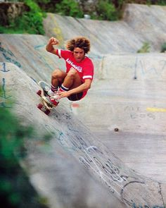 Tony Alva styling down 'Wallos' in Hawaii... this mega spot was made famous for most By Powell Peralta and their 1987 cult film 'the Search for Animal Chin'. However it was already famous to core skaters like Tony & Jay... way back in 1976, when this shot was taken.